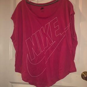 NIKE RELAXED TEE